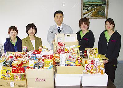 養護施設に食料品を寄贈