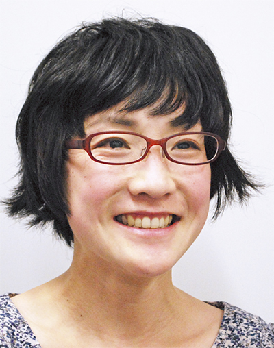 青山 由佳さん
