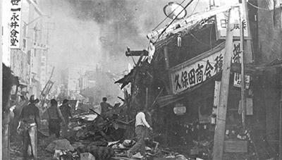 米軍機墜落、語り継ぐ 平和像建立も呼びかけ