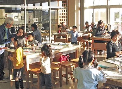 伝統受け継ぐ凧作り教室