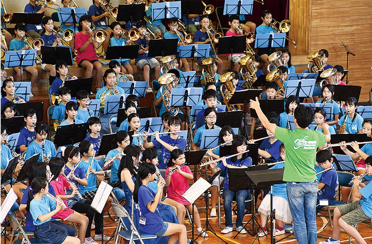 児童に豊かな音楽体験
