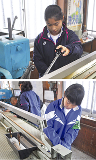 職場体験を行った愛川中原中学校の齊藤さん(上)と岡本さん=11日、新井畳店