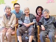 オープン5周年の広く明るく清潔な施設で介護職員を募集