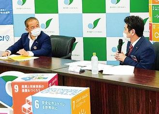 本村市長と対談する高橋理事長(右)