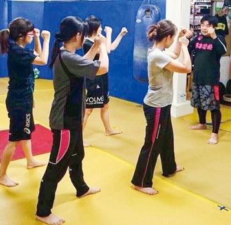 キックボクシング講座なども人気(写真は過去)