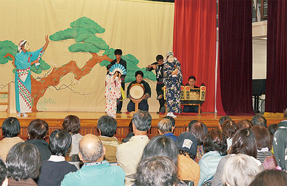 日本の伝統芸能を楽しんだ