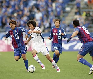 次節は山雅戦、スタジアムをブルーに染めよう(写真提供 ZELVIA)