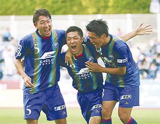 MF李漢宰選手(中央)のゴールで先取点(C)FC町田ゼルビア
