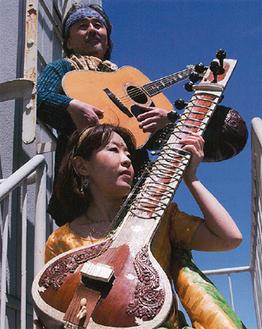 シタール・Akiko☆Sitar(下)とギター・George★Kigawa