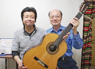 東さん(左)と武藤先生