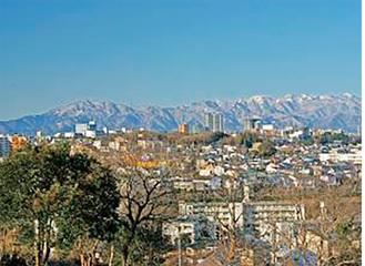 成瀬尾根からの眺望=町田市提供