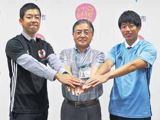 左から木村監督、石阪市長、吉川さん