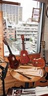 風が抜ける5階の音楽教室