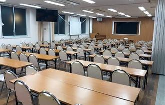 講演や研修が可能な大教室