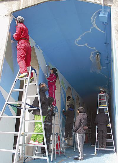 壁画に残る「地域交流の形」