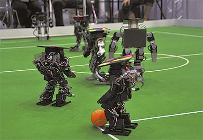 未来のロボットに触れる