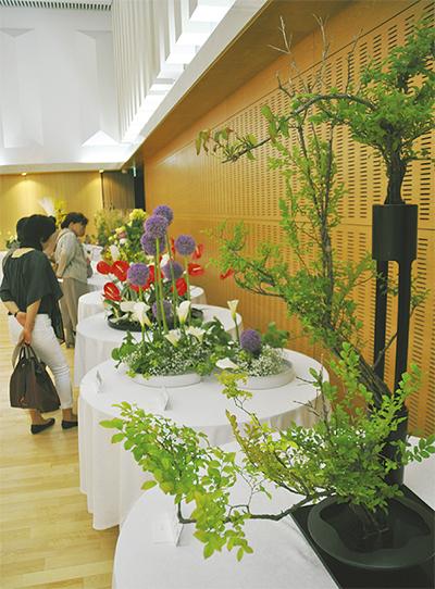日本伝統の「華」並ぶ