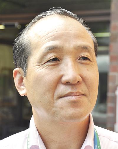 河井 康雄さん