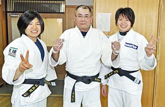 左から中村さん、西野さん、田代さん(今年1月)