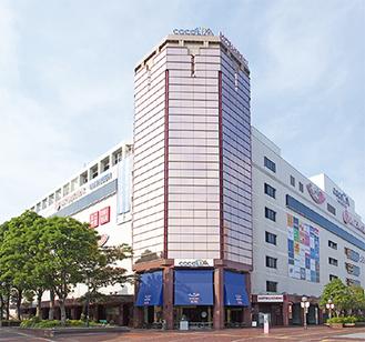 三越が入居する「ココリア多摩センター」=新都市センター開発(株)提供