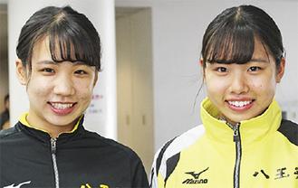 「姉は一番尊敬する選手」と話す桃花さん(右)と梅香さん