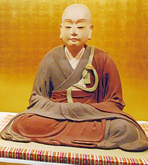 信松院の松姫様坐像