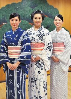 (左から)置屋菊よしの小鶴さん、小太郎さん、小都音(ことね)さん