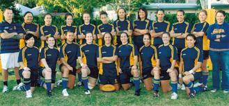オーストラリアのチームに在籍していたときの湯村さん=前列一番左(湯村さん提供写真)