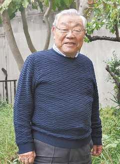 「もらった意味を考えたい」と話す畔上さん。特に東京指定の平久保のシイなどの保護に関して貢献した