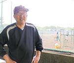 昨年、「育成功労賞」を受けた宮本監督。舟山さんと野球について語り合うのは楽しい、と話している