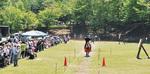 5月25、26日に上柚木公園で行われた第1回八王子馬上弓くらべ大会の様子=25日撮影