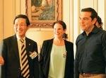 2018年ギリシアを訪問した際、ツィプラス首相(右端)を謁見した様子=提供。左端が上田さん