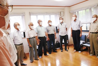 口を開きやすい手作りマスクをつけて行われた、9月7日の練習の様子