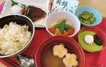 永生病院による、ご当地料理「高知」の際のメニュー。かつおのたたきなど、生魚は病院食では珍しいという=提供写真