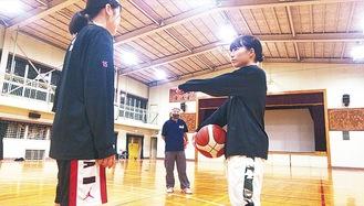 練習の様子(11月19日撮影)