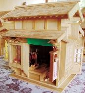 細部にこだわる竹模型