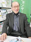 インタビューに答える柴田代表