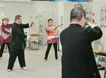 「トレーニングスタジオ エスト」では、マシンや脳トレの体験の他、太極拳の体験が行われた