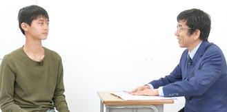 明治大(理工)大貫雅浩くん(帝京大中→高)と小村代表。兄・浩介くんも多磨ヨビから東京理科大合格(本紙1/9号で紹介)。※本対談は今すぐHPで。