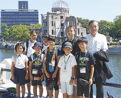 8人が広島で平和を学ぶ