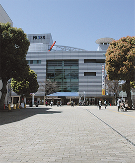 イベント会場として予定されている大和駅東側プロムナード