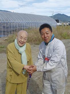 陸前高田市でボランティア中に瀬戸内寂聴さんとお話することができました