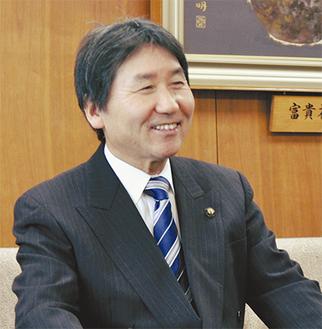 月に就任8年目を迎える大木哲市長