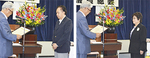 宮東会頭から表彰状を受け取る齋藤さん(右)と石川さん(左)