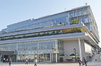 大和市立図書館が入る文化創造拠点