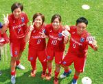 (右から)石渕選手、伊藤選手、榎谷選手、堀選手