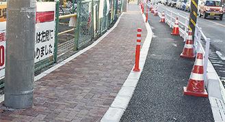 歩道にアスファルトを敷設し、自転車通行空間を設けた市道鶴間桜森路線