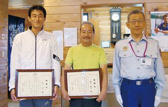 石井さん(左)と福中さん(中央)