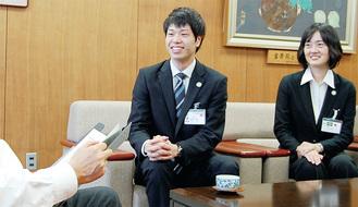 大木市長を表敬訪問した高田さん(右)と瀬口さん