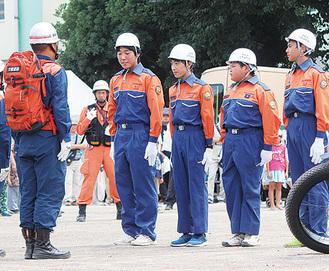 防災イベントで活躍する少年消防団の団員たち